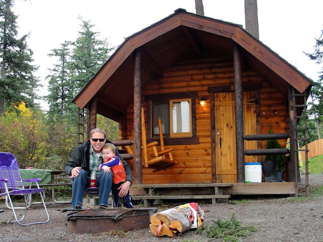 Go glamping 17 washington state parks with family cabins for Washington state park cabins