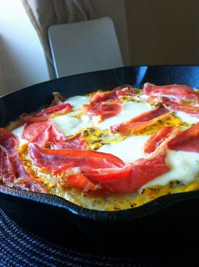 Pizza Frittata with Prosciutto and Fresh Mozzarella