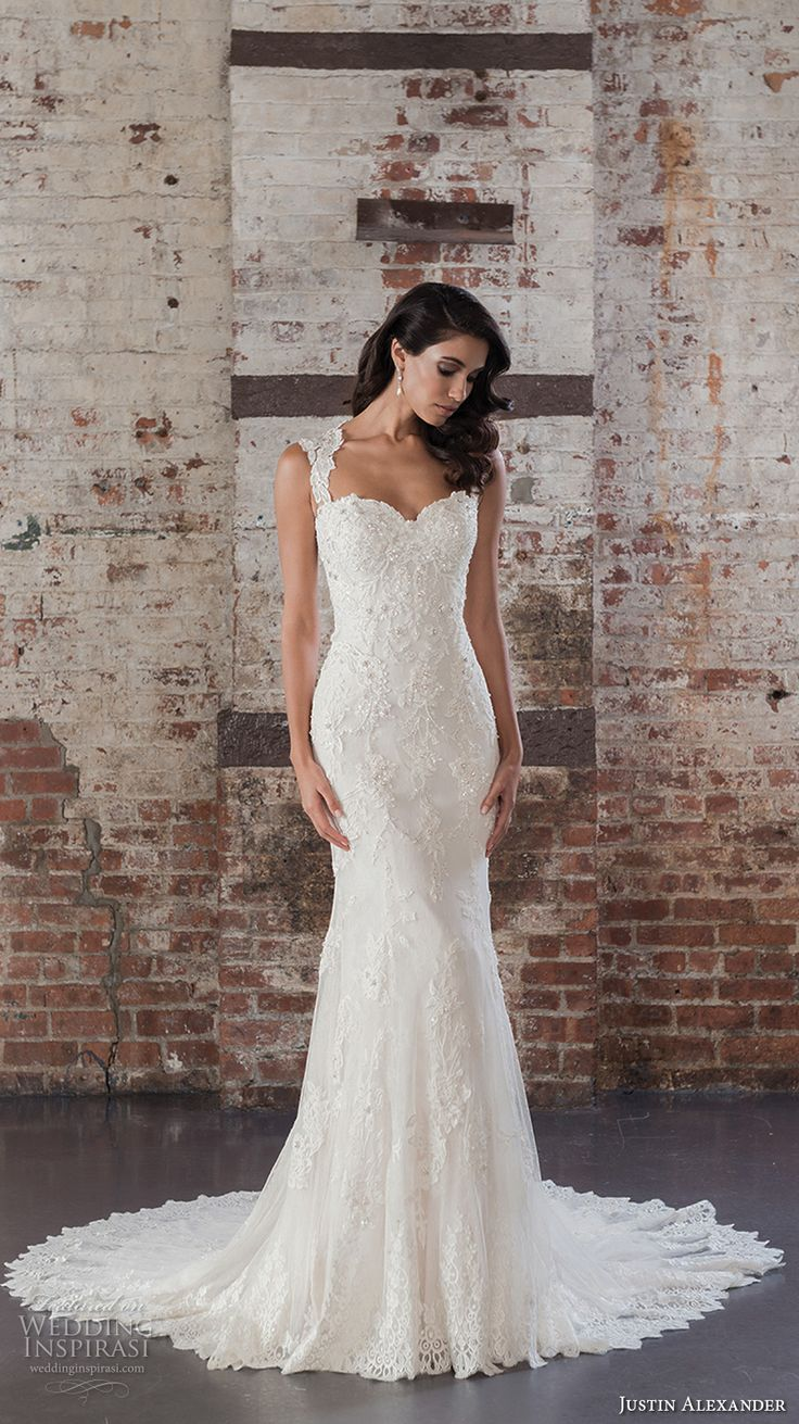 Sweetheart Neckline with Straps Wedding Dress