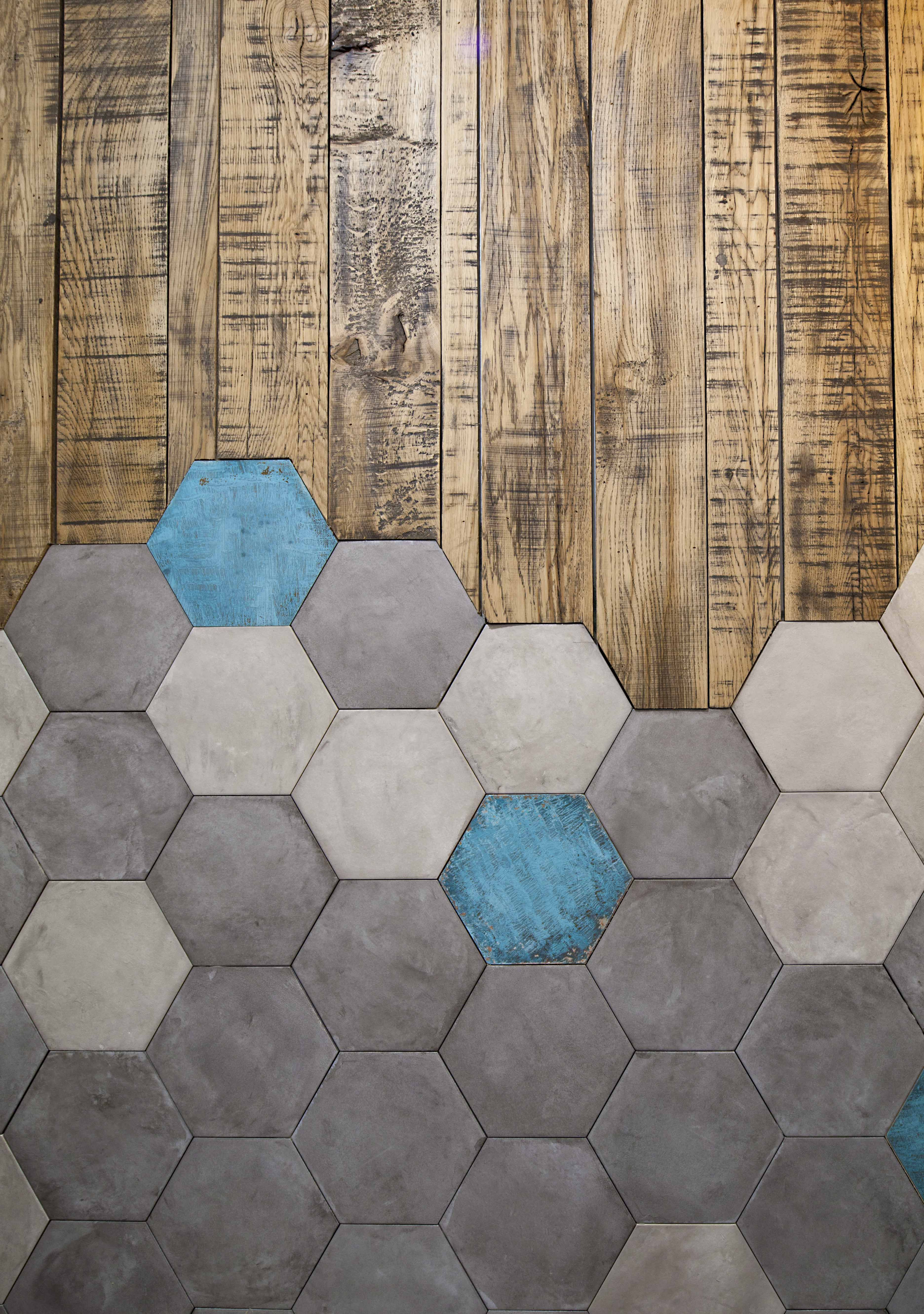 Cool Wooden Flooring Designs For 2017: Hexagon Tiles Meet Wood Tiles In This Very Cool Flooring