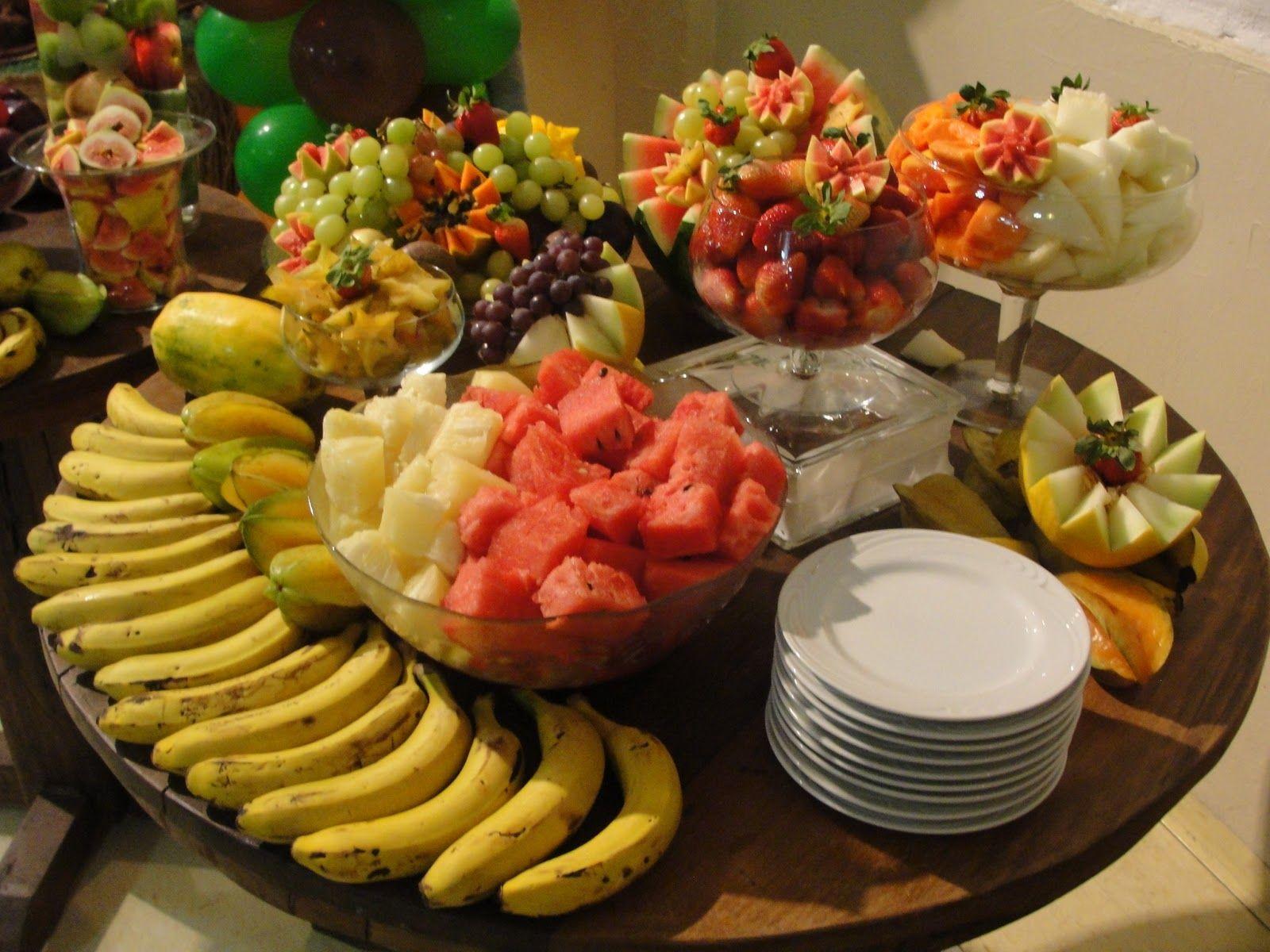 Mesa de frutas com chocolate pesquisa google casamento - Mesas para buffet ...