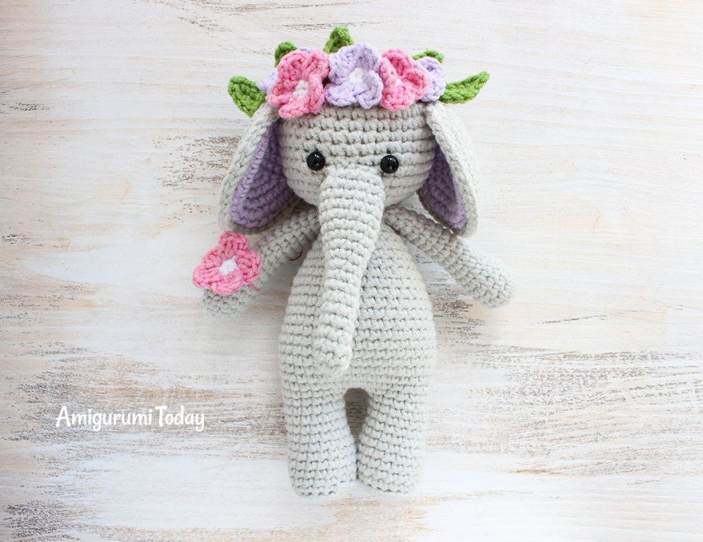 Cuddle Me Elephant crochet pattern | Häkeln