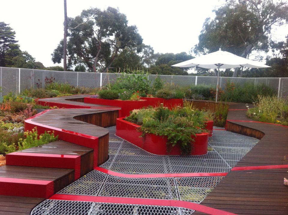 Melbourne university roof top garden - amongst the gum ...