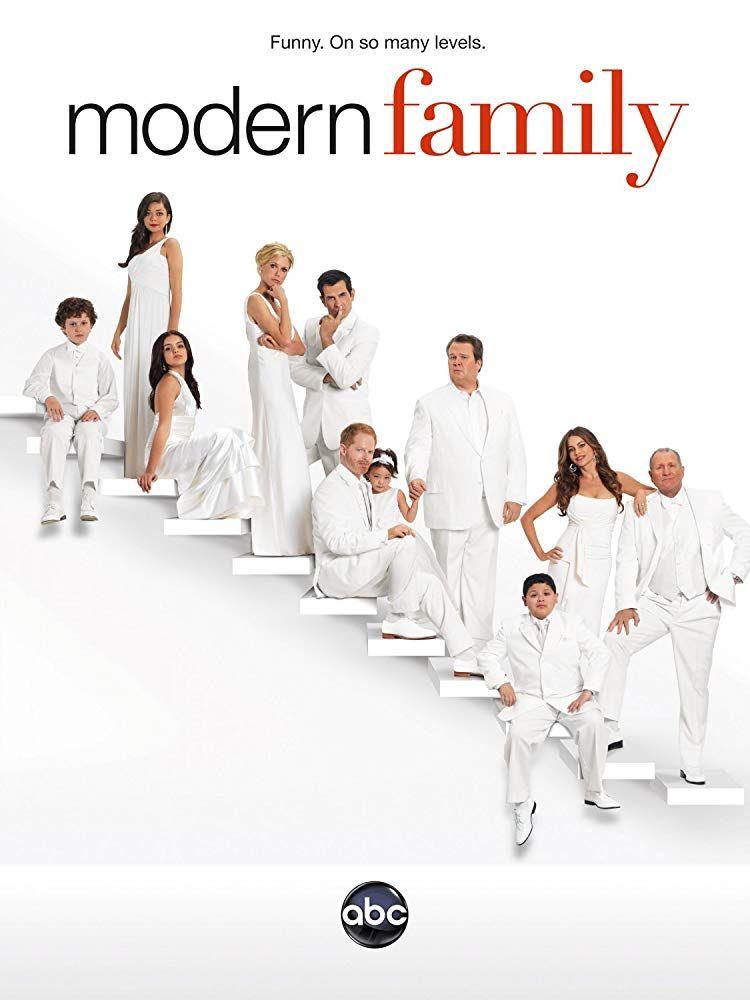 Sarah Hyland Imdb Modern Family Season 3 Modern Family Episodes Family Tv