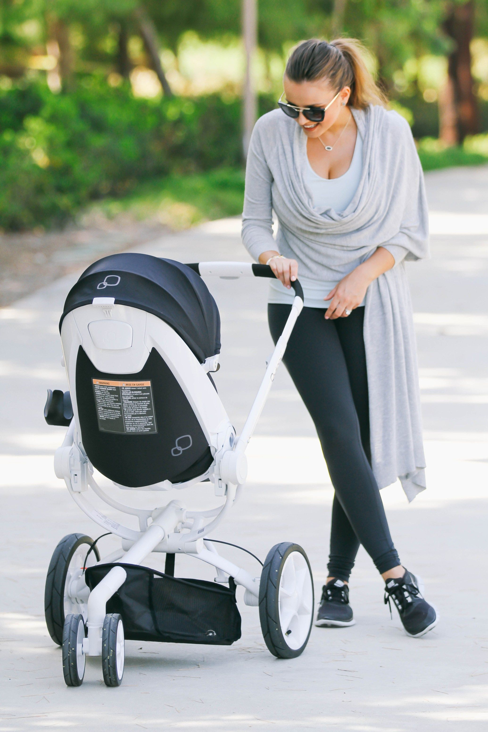#OOTD // Mommy Athleisure & Quinny Moodd Stroller   Quinny ...