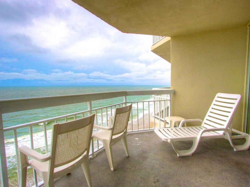 Fabulous Views Oceanfront 2 Bedroom With Free Water Park Aquarium Golf More Every Day We1211 Murrells Inlet Condo Vacation Rentals Vacation Home Garden City Beach
