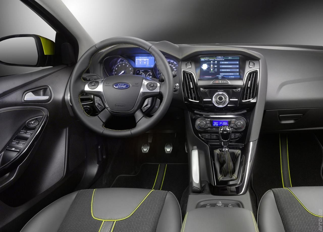 2011 Ford Focus Estate · Owners ManualAuto ...