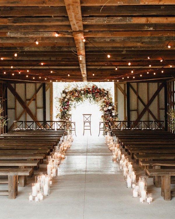 30 Chic Rustic Barn Wedding Ideas On A Budget Decor In 2020 Barn Wedding Decorations Country Barn Weddings Barn Wedding Reception