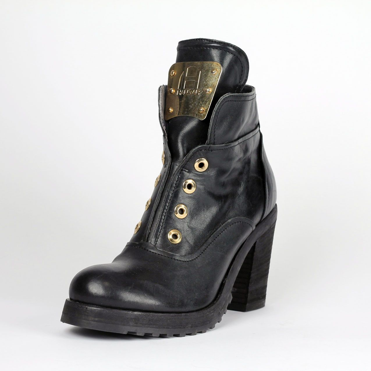 Black Lace-less Bootie with Metal Bar