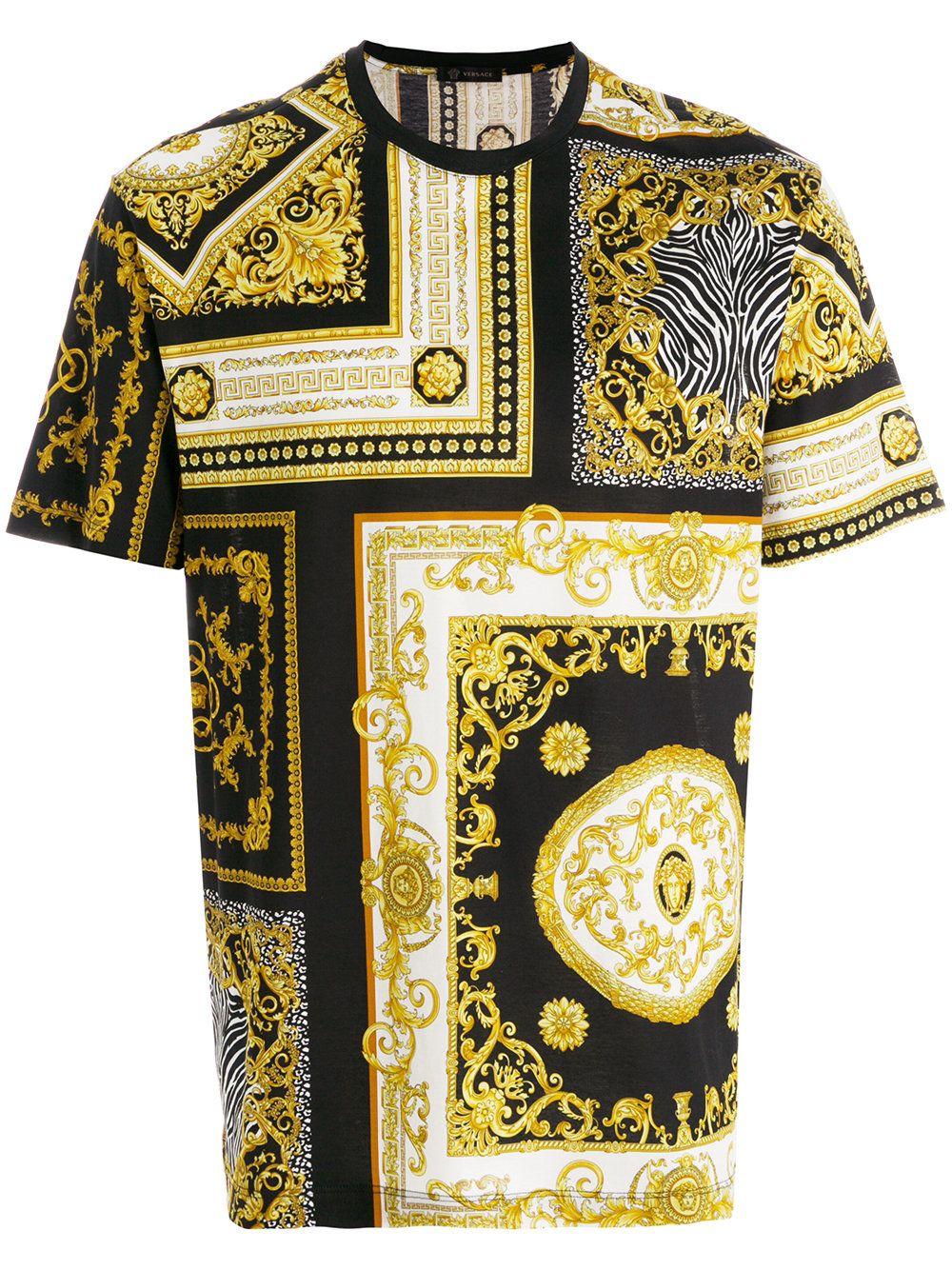 Versace Camiseta com estampa  Baroque   e8b0297bdf3