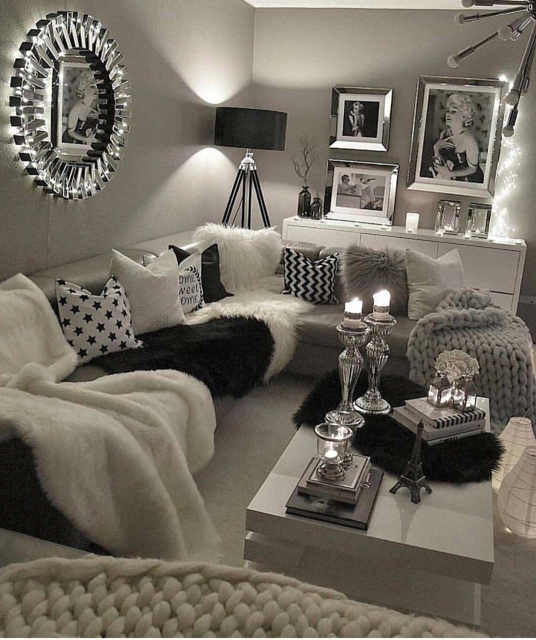 Leabeautyyx Living Room Glam Black White Light Chic