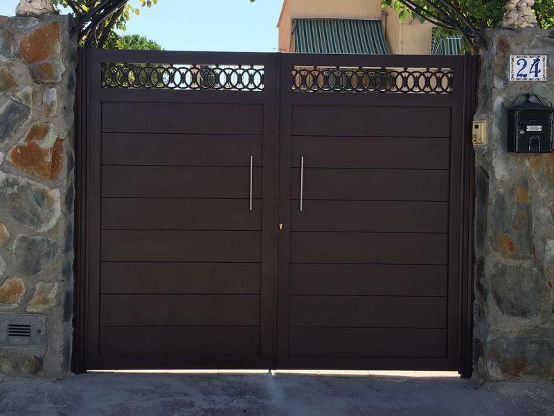Aluminio Dos Hojas Modelos De Puertas Puertas De Garage Modernas Puertas De Aluminio
