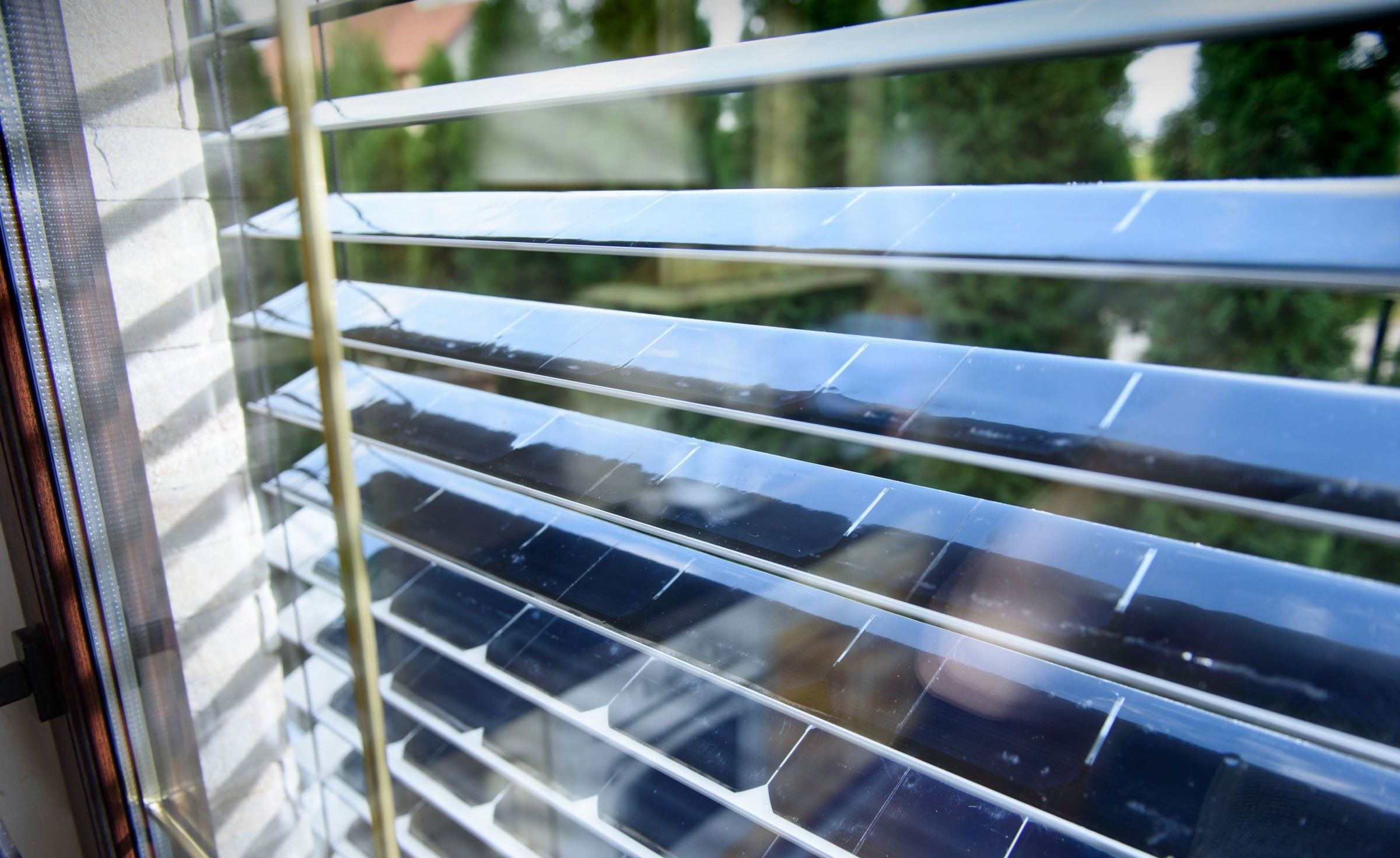 SolarGaps Solar Blinds Best solar panels, Blinds, Solar