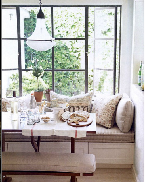Just a little breakfast nook to eat and read