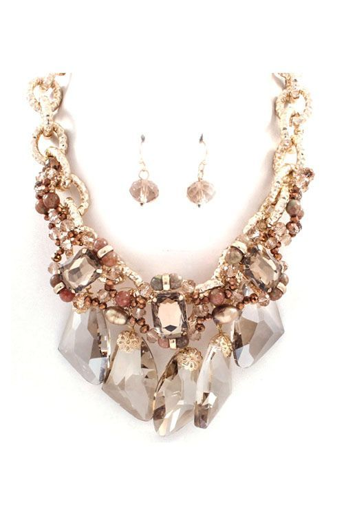 Photos: Elizabeth Taylor's Famous Jewels to Hit the Auction Block