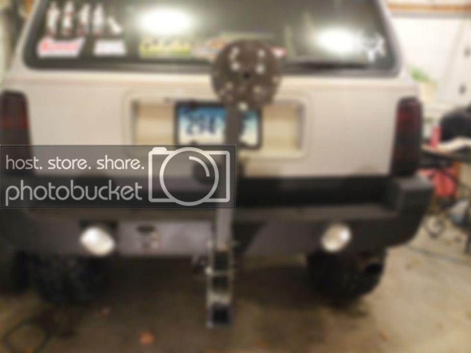 Hitch Mount Tire Carrier Jeepforum Com In 2020 Jeep Mods Tire
