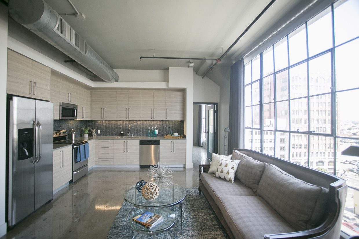 See All Available Apartments For Rent At Maxfield Lofts In Los Angeles Ca Maxfield Lofts Has Rental Units Ranging Loft Apartment Luxury Loft Affordable Loft