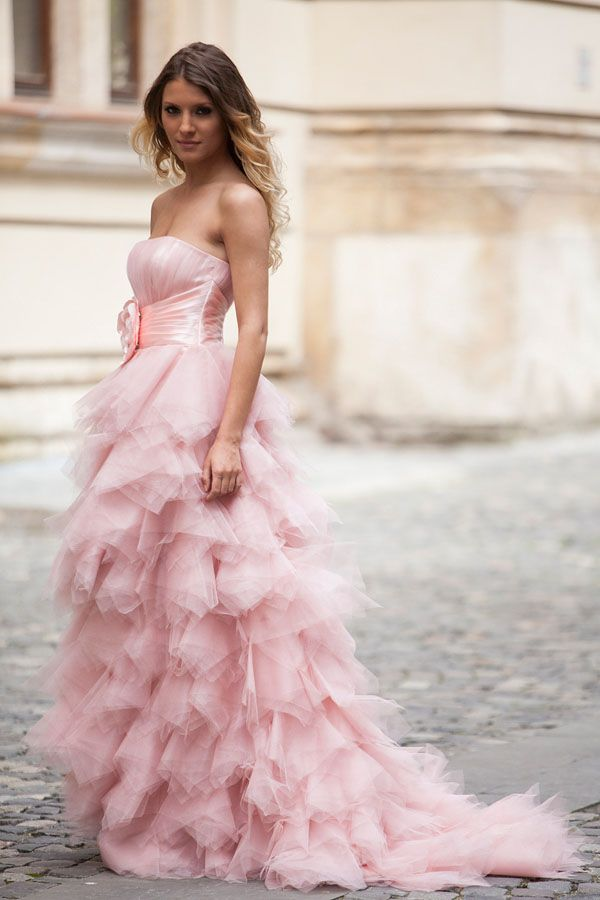 Formal Ruffle Dresses