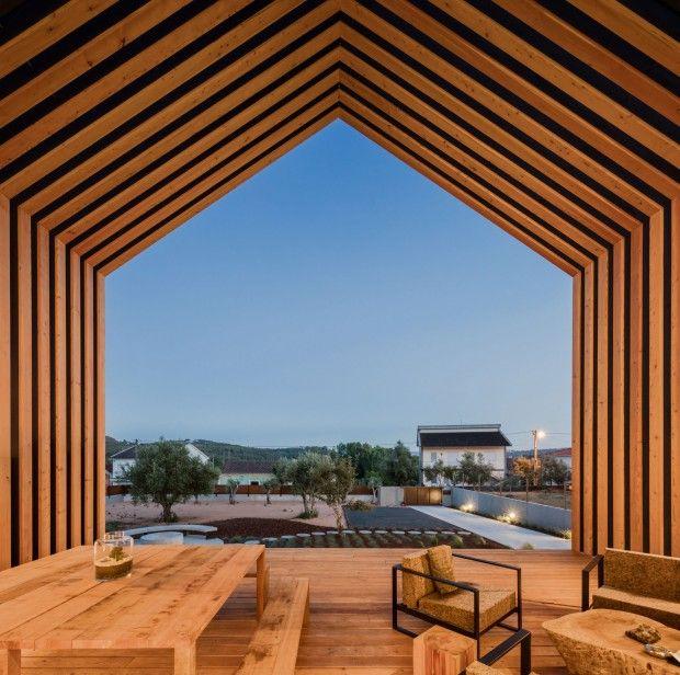 Maison familiale au Portugal par lu0027architecte Filipe Saraiva Cave