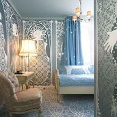 HOTEL FOX: Small rooms