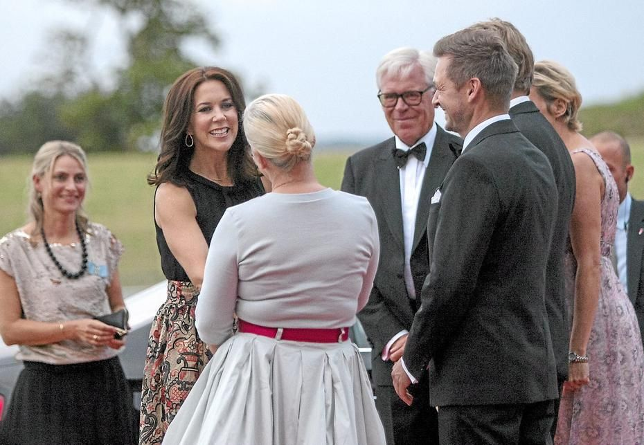 Crown Princess Mary of Denmark attended the INDEX Award Ceremony 2015 in Elsinore on August 27, 2015.