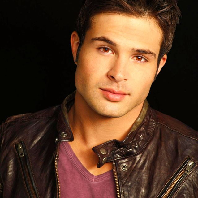 Cody Longo ... OMG!!! Brittany Underwood's boyfriend in real life and on their show too!! thats so cool how their together in real life as Brittany and Cody and on their show as Loren and Eddie!! i love you both soo much!!