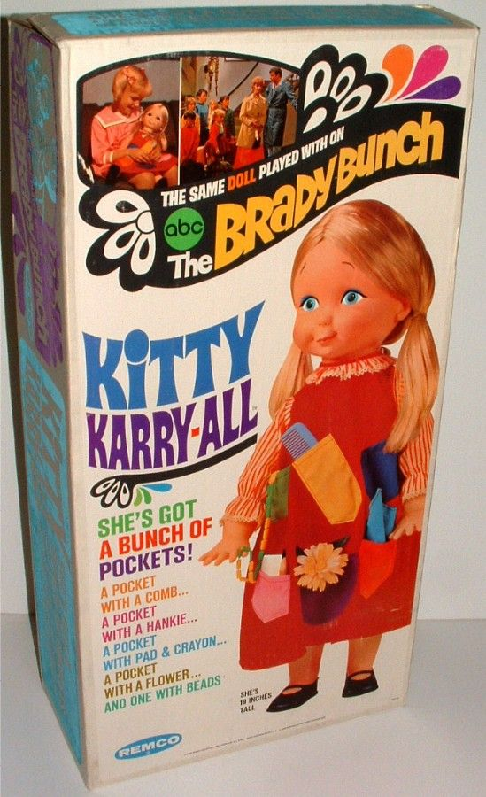 REMCO: 1969 The Brady Bunch KITTY KARRY-ALL Doll...didn't know about this doll, except for on the show #vintagetoys