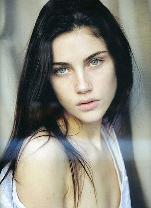 Tumblr M71ulkqtel1rb4nzho1 500 Png 500 688 Black Hair Green Eyes Black Hair Blue Eyes Hair Pale Skin