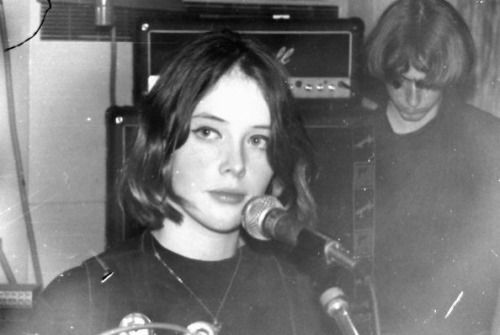 Rachel Goswell, 1992, during the recording of Slowdive's Souvlaki