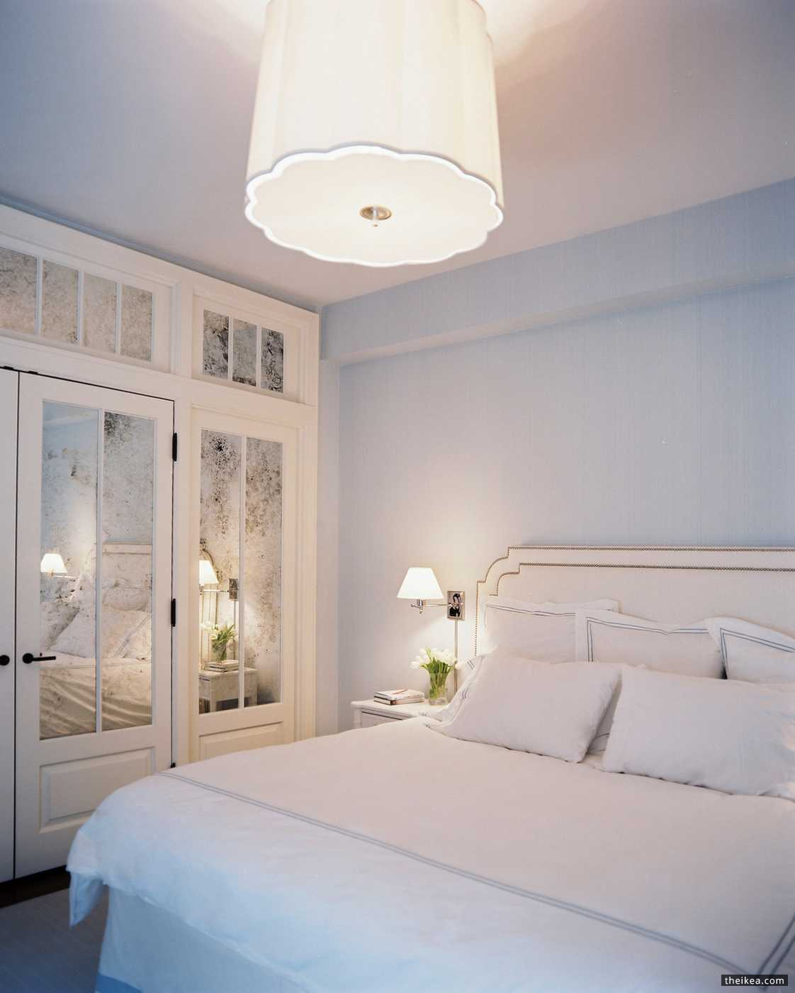 How Mirrored Closet Doors Can Improve The Attractiveness Of Your House   Daily Decorating Ideas