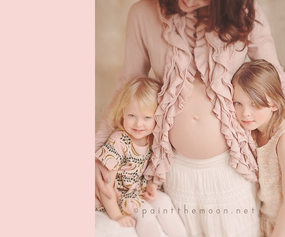 What To Wear For Maternity Family Photos