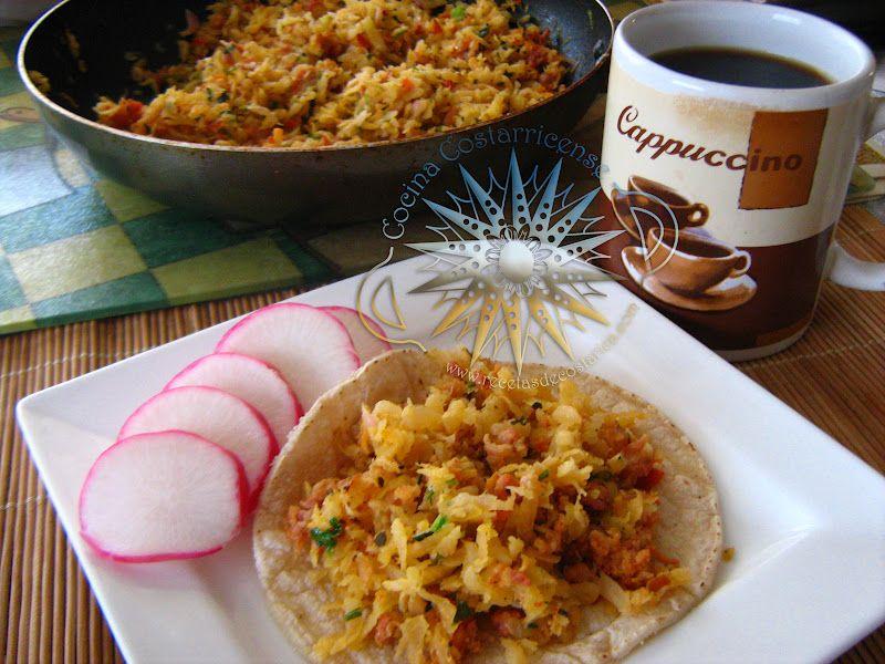 Cocina Costarricense: picadillo rábano y chorizo