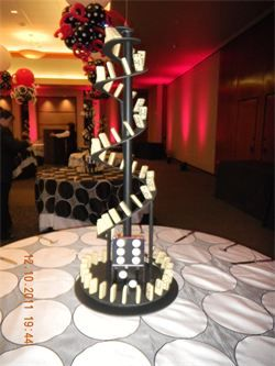 Domino Theme Party Google Search Abstract Sculpture Idea For Table Center Piece Ide Cake Table Decorations Birthday Cake Table Decorations Party Centerpieces
