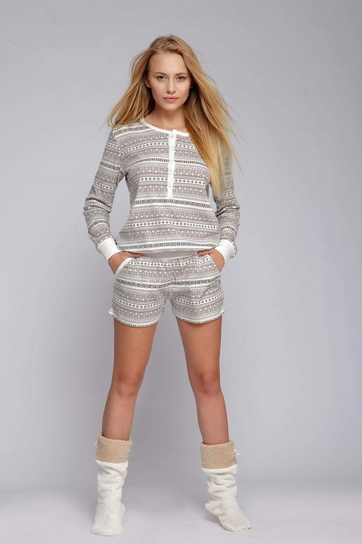 96a067155ab7 Overal s norským vzorem a krátkými nohavicemi.  overall  pyjamas  norwegian   style  overal  pyzamo  pyzamko  kombineza  norsky  vzor  bile  hnede   bezove  s ...