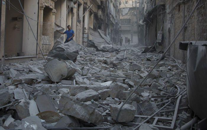 Das Verteidigungsministerium Russlands hat den US-Militärs eine letzte Warnung vor den Folgen ihrer möglichen Schläge gegen die syrischen Regierungstruppen ausgesprochen. Darauf wies der Präsident der Akademie für geopolitische Probleme, Konstantin Siwkow, am Donnerstag in Moskau hin.
