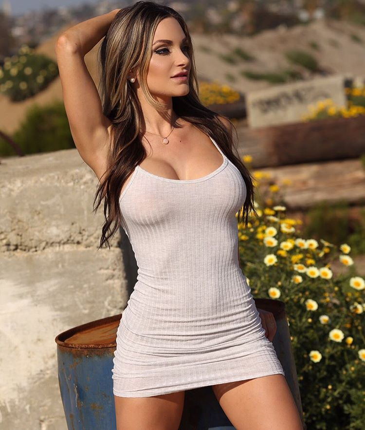 Hot Girls in Tight Dresses. Nienna Jade 1dcd976cc