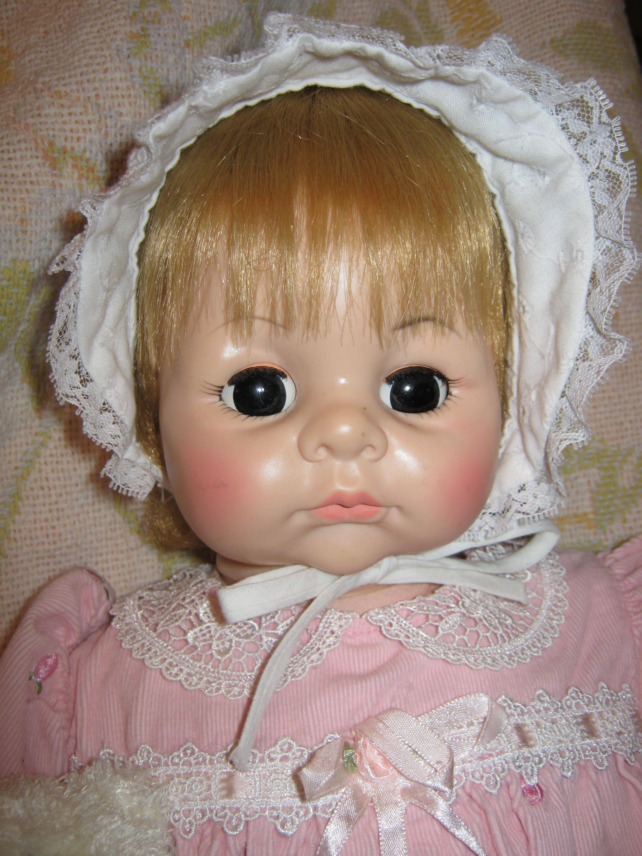 Madame Alexander Blond Pussycat Doll Circa 1960 S