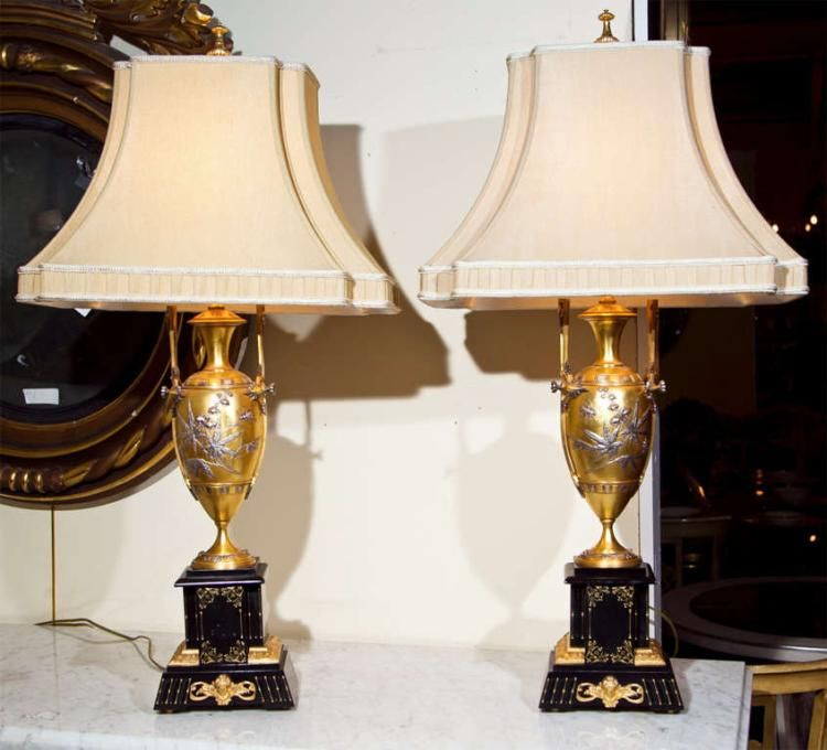 Pair of exquisite French Art Nouveau table lamps, each has