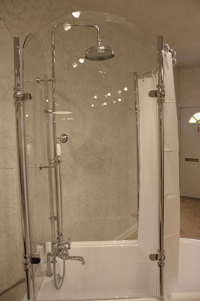 Oasis Vintage Antique Clawfoot Tub with Glass Shower Surround ...