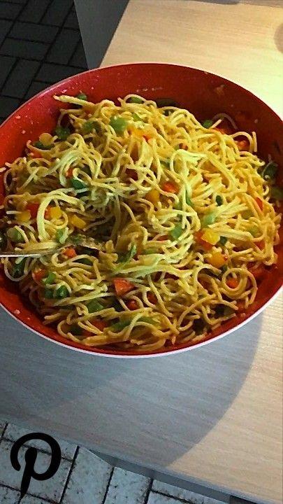SpaghettiCurrySalat SpaghettiCurrySalat