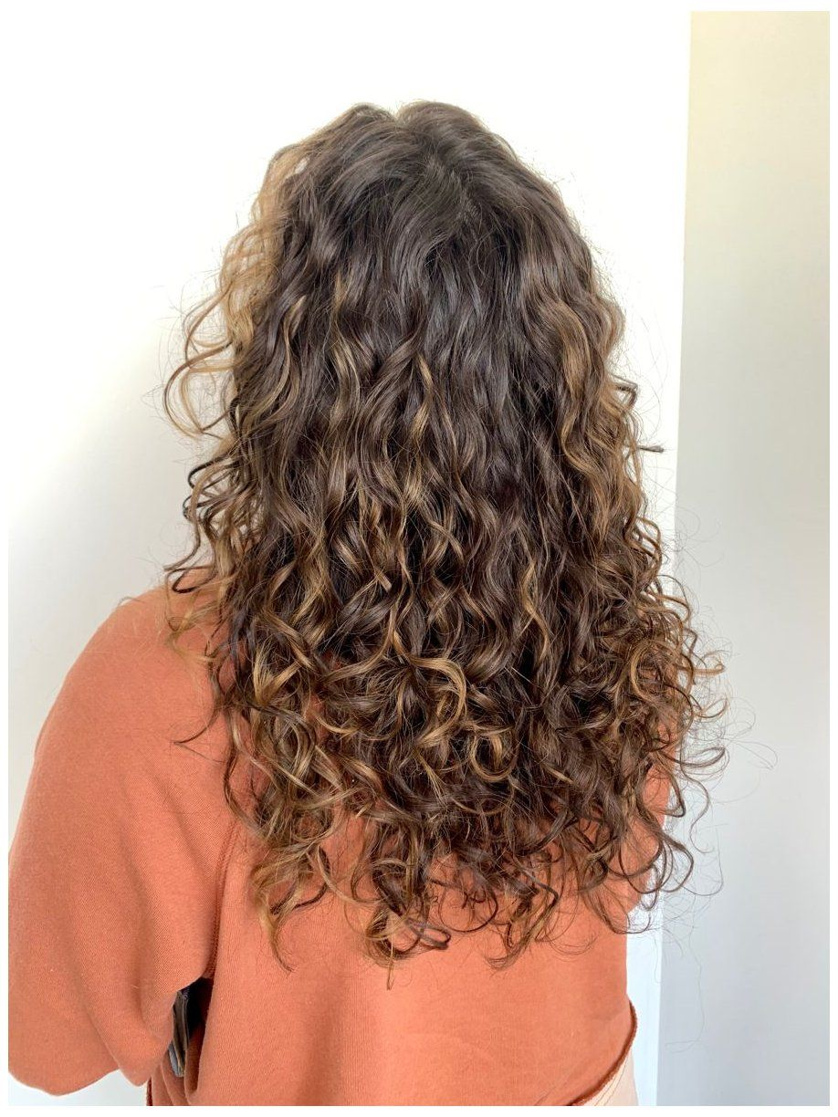 Natural Balayage Curly Cut #natural #curly #hair #naturalcurlyhair