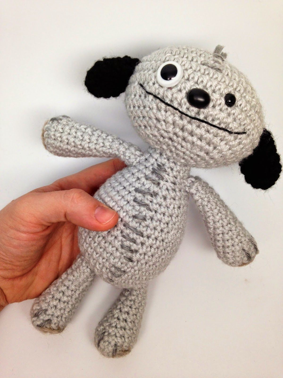 CRAFTYisCOOL: Free Pattern: To Russia with Love #Bear #crochet ...