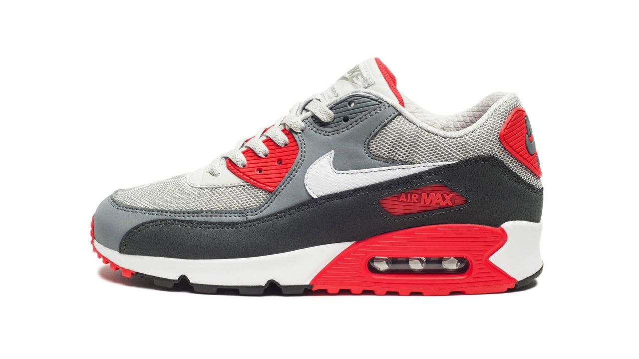 Nike Air Max 90 Essential in Dusty Grey