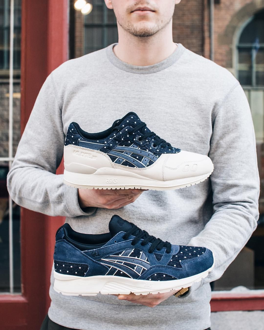 "The ASICS Gel-Lyte III and Gel-Lyte V from the ""Japanese Textile Pack"" with premium denim made from the Nihon Mepmu Mill () drops tomorrow at Sneakersnstuff! Any remaining pairs will be available online 1 PM (CEST) at Sneakersnstuff.com. #sneakersnstuff #asics #gellyteiii #gellytev"