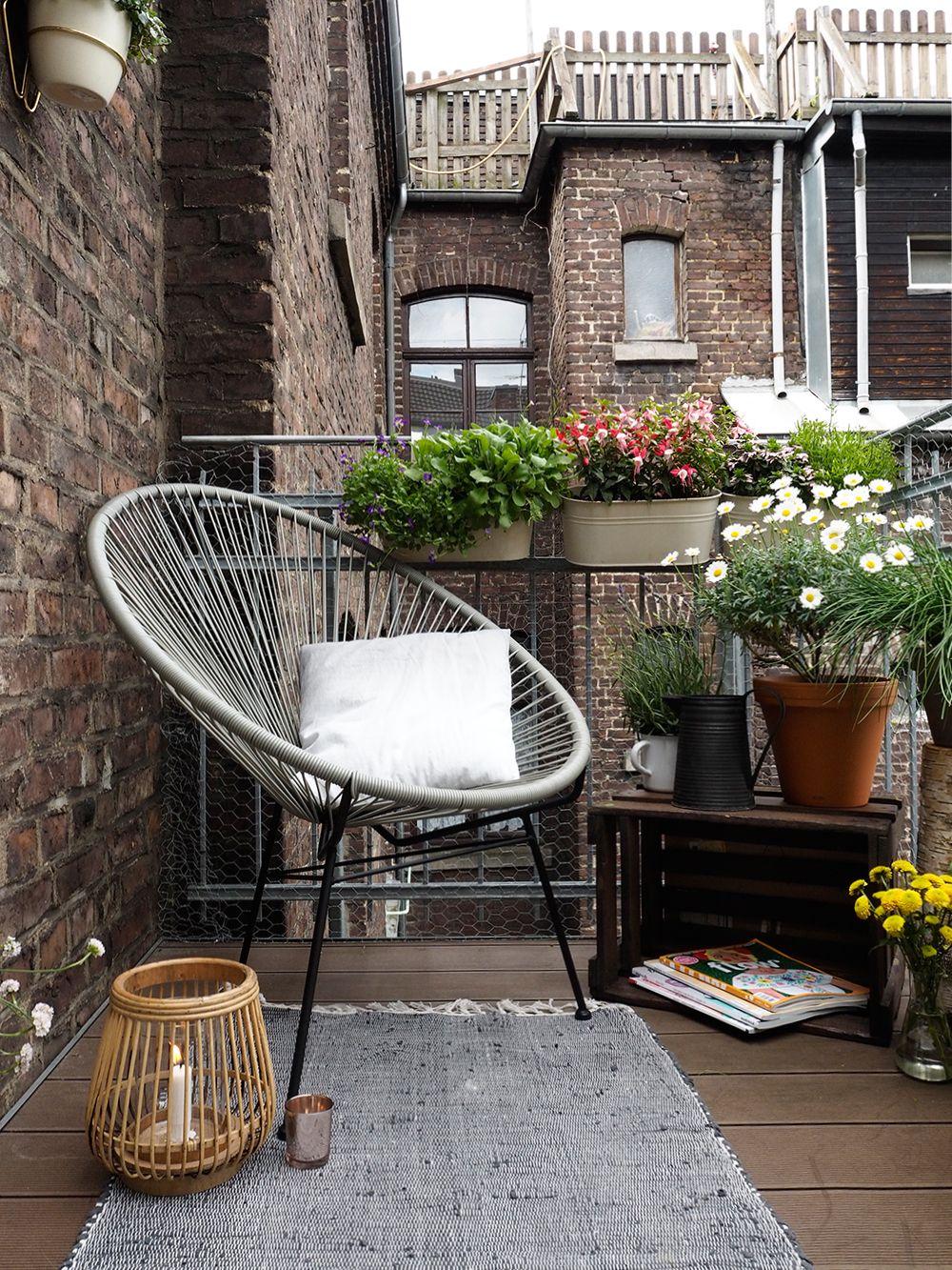 Mit diesen Tipps wird ein kleiner Balkon zur Stadtoase | kleine ...