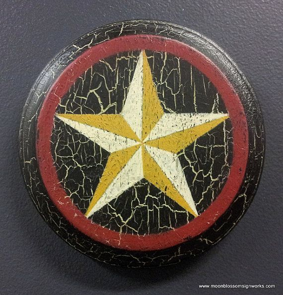 This Mini American Barn Star Will Cheerfully Decorate A