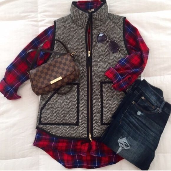 NWT - J Crew Herringbone Quilted Puffer Vest ✨3x HOST PICK✨ NEW WITH TAG - Classic J Crew Herringbone Vest - One of the most popular pieces of Fall/Winter Seasons - A Must Have - Because Poshmark requires items to be shipped in Priority/Blank boxes, vest will NOT be shipped in the J Crew box. J. Crew Jackets & Coats Vests
