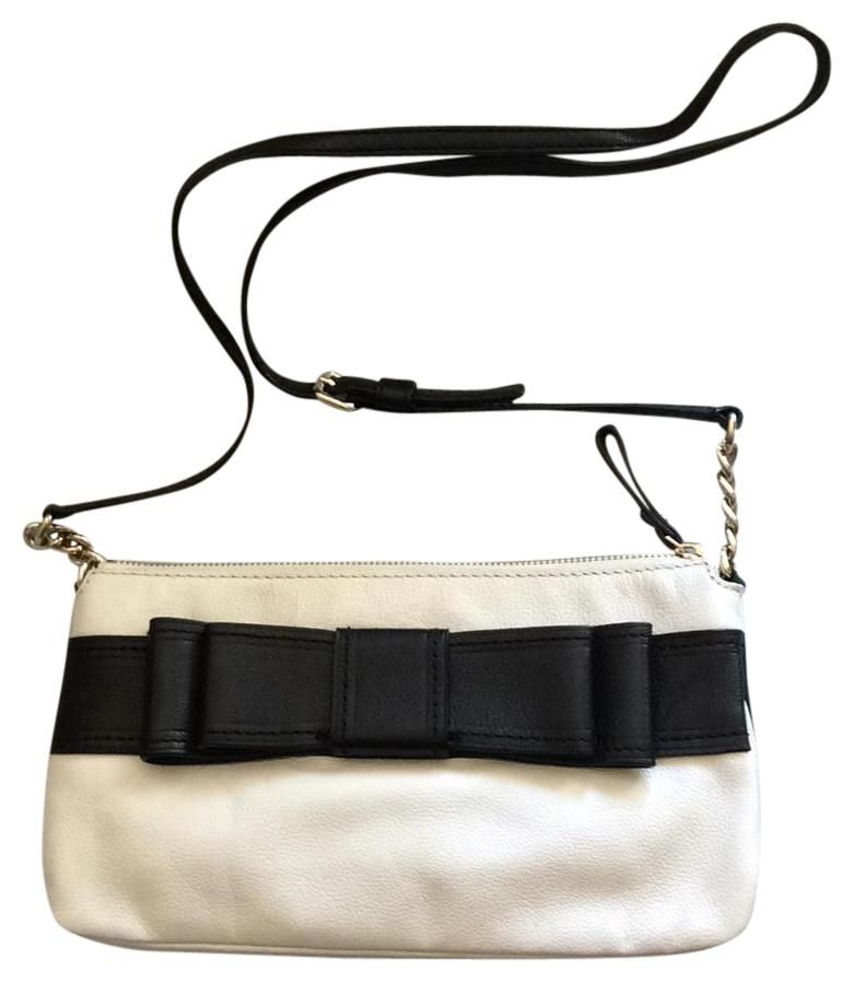 0e9f7a8834938 Get one of the hottest styles of the season! The Kate Spade Villabella  Avenue Celina Shoulder Bag is a top 10 member favorite on Tradesy.