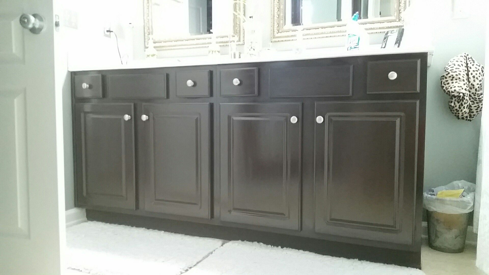 Dinorah Ruffin Bathroom Cabinets Refinished With Chalk Paint And Polyurethane Instead Of Wax Due To The Area Refinishing Cabinets Furniture Bathroom Cabinets