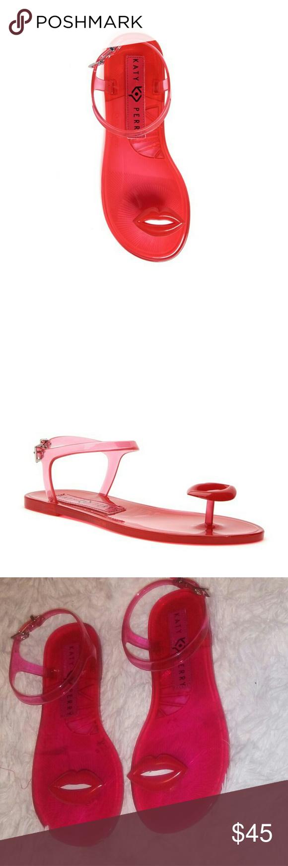 NWOB Katy Perry The Geli Lips Sandals